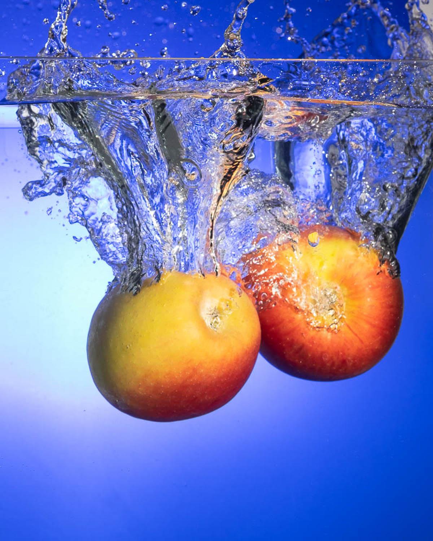 Sivani-Boxall-Germany-apples-splashing