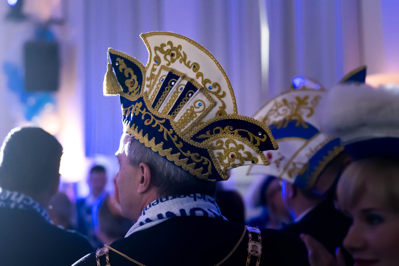Sivani-Boxall-Germany-carneval-hats