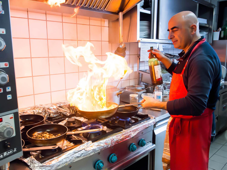 Sivani-Boxall-Germany-cook-kitchen